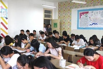 我院新学期开学首日  教学工作平稳运行