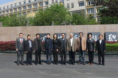 安徽省教育厅、民政厅年检专家组莅临我院检查指导工作